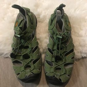KEEN Waterproof Green Sandals Women's Size 7 Used